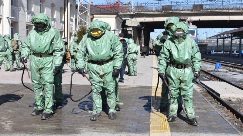 Қарағанды гарнизонының әскери қызметшілері дезинфекциялау жұмыстарын жүргізді