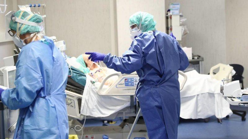 COVID-19 індетіне шалдыққан пациент Қарағандының инфекциялық госпиталіндегі ем шаралары туралы айтып берді