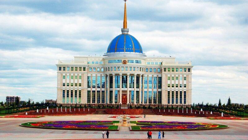 Президент Түркістан және Қарағанды облыстарындағы жағдайға байланысты кеңес өткізді