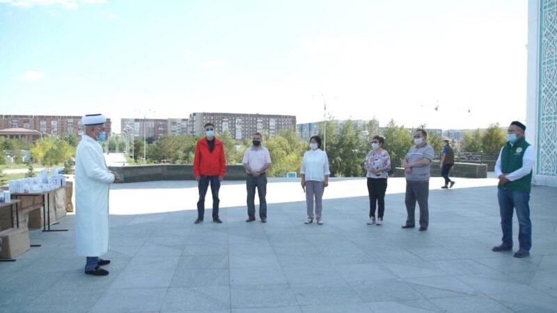 Қарағанды облысының ауылдық ауруханаларына медицина жабдықтарын сыйлады