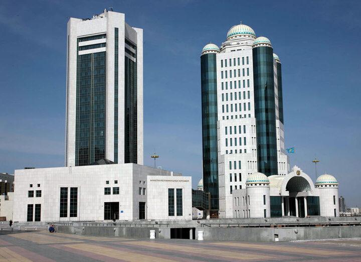Тоқаев Парламенттің алдындағы екі міндетті атады